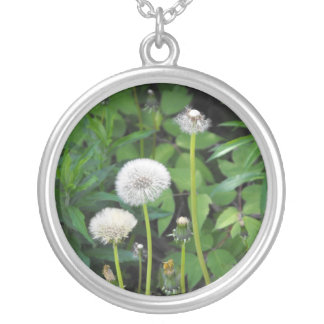 Vertical template round pendant necklace