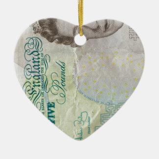 verticle de la nota £5 adorno navideño de cerámica en forma de corazón