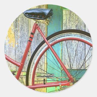 Vertiente vieja de ciclo que monta en bicicleta de etiquetas