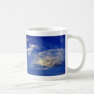 Very structured cloud in a beautiful blue sky coffee mug