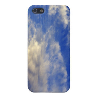 Very structured cloud in a beautiful blue sky cover for iPhone SE/5/5s