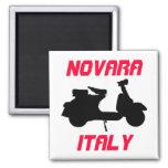 Vespa, Novara, Italia Imán