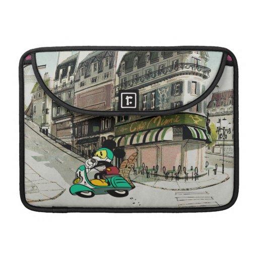 Vespa que apresura de Mickey el | del francés Fundas Para Macbook Pro