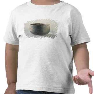 Vessel with a ribbon-style decoration tees