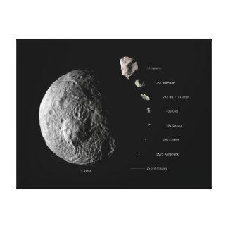 Vesta comparó a otros asteroides el espacio impresiones en lienzo estiradas