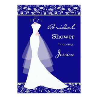 """Vestido de boda blanco en ducha nupcial del azul invitación 5"""" x 7"""""""