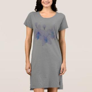 Vestido de la camiseta de la orquídea azul