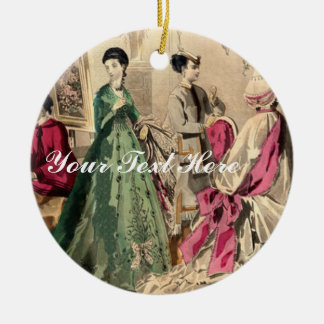 Vestido del Victorian con el arco rosado Adorno Navideño Redondo De Cerámica