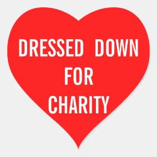 Vestido para el corazón de la caridad pegatina en forma de corazón