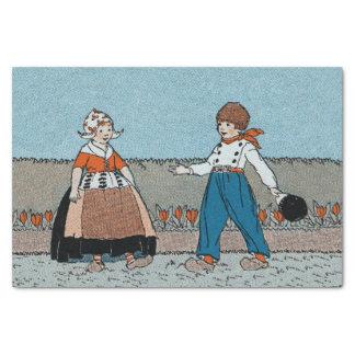 Vestido tradicional del pequeño muchacho holandés papel de seda pequeño