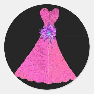 Vestidos de papel de la dama de honor de la muñeca pegatina redonda
