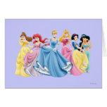 Vestidos que se sostienen de la princesa el | de tarjeta de felicitación