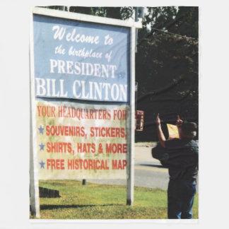 VET SALUTES BILL CLINTON FLEECE BLANKET