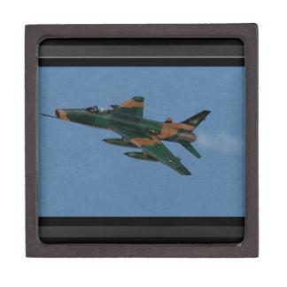 Veterano de guerra estupendo del F-100 SABRE Vietn Caja De Recuerdo De Calidad