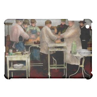 Veterinarian - Saving my best friend 1900s iPad Mini Cover