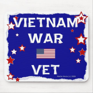 Veterinario de la guerra de Vietnam - en honor - Mousepads