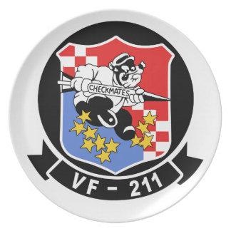 VF-211 da jaque mate la placa Plato