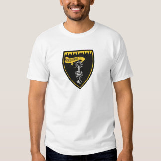 VFA-27 macis reales F/A-18 Remeras