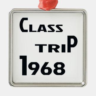 Viaje 1968 de la clase adorno navideño cuadrado de metal
