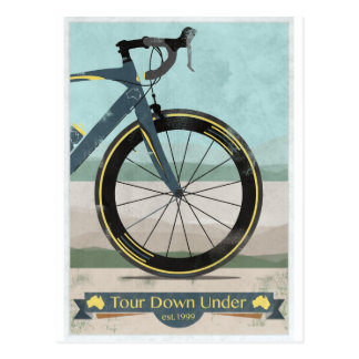 Viaje abajo debajo de la bici tarjetas postales