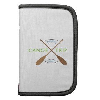 Viaje anual de la canoa de la familia planificadores