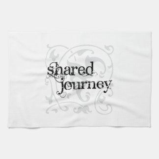 """Viaje compartido 16"""" x 24"""" toalla de cocina"""