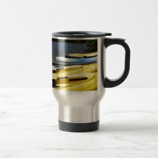Viaje de la canoa tazas de café