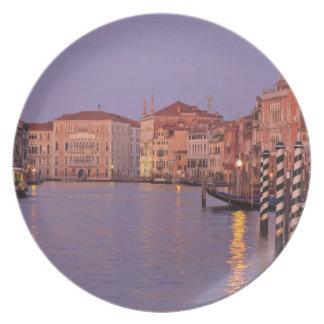 viaje del Gran Canal de la madrugada, Venecia, Ita Platos