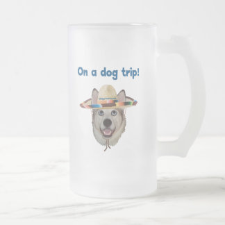 Viaje del perro de las vacaciones jarra de cerveza esmerilada