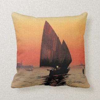 Viaje del vintage, barcos en el palacio Venecia de Almohada
