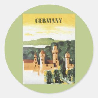 Viaje del vintage, castillo alemán, Baviera Pegatina Redonda