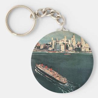 Viaje del vintage en barco de cruceros a New York Llavero Redondo Tipo Pin