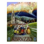 Viaje del vintage, mujeres de Abruzos, Italia Postal
