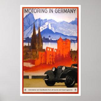Viaje del vintage, viajando en automóvili en Alema Póster