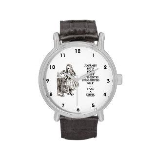 Viaje en su uno mismo desinhibido más auténtico reloj