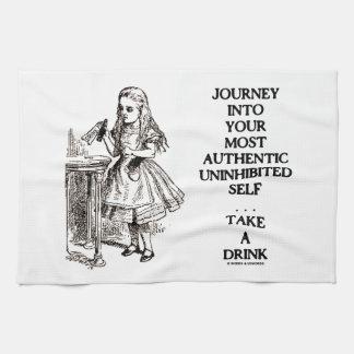 Viaje en su uno mismo desinhibido más auténtico toalla de mano