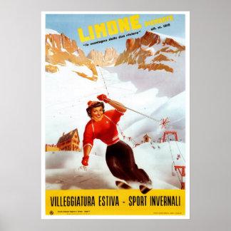 Viaje italiano de Limone Piemonte del esquí del vi Poster