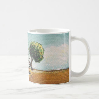 Viaje minúsculo de la aventura del arte del árbol  taza básica blanca