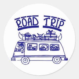 Viaje por carretera de las vacaciones pegatina redonda