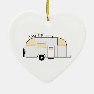 Viaje por carretera adorno de cerámica en forma de corazón