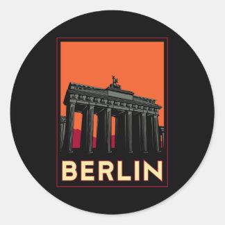 viaje retro del art déco más oktoberfest de Berlín Pegatina Redonda