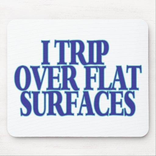 Viaje sobre superficies planas mouse pad