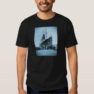 Viaje virginal del Lusitania del RMS, 13 Poleras
