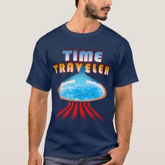 Viajero del tiempo de la tina caliente playera