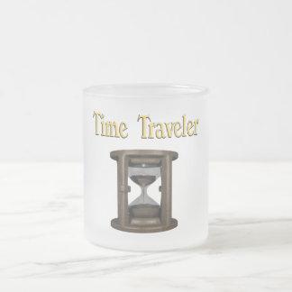 Viajero del tiempo taza de café esmerilada