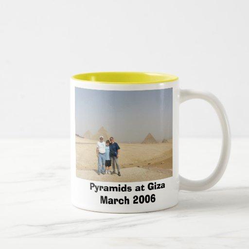 Viajeros en las pirámides, pirámides en Giza Taza Dos Tonos