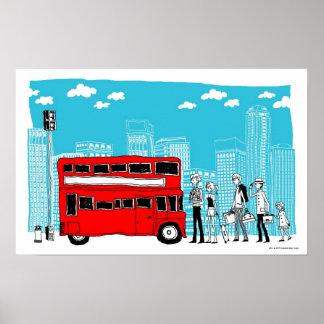 Viajeros que esperan en la parada de autobús póster