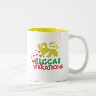 Vibraciones del reggae taza de dos tonos