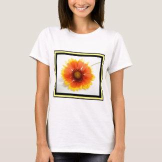 Vibrant beautiful yellow and orange single flower T-Shirt