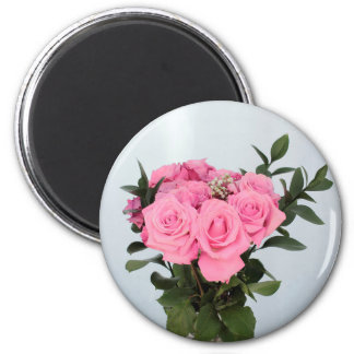Vibrant Bouquet of Beautiful Pink Roses Magnet